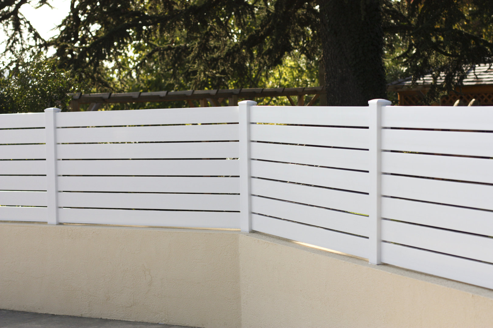 Cl ture pvc achille personnalisable jardinprixbas com for Cloture exterieur pvc